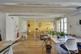 Bureaux de 340 m² à louer - ref:10196459