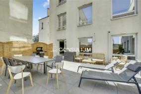 Bureaux de 340 m² à louer - ref:10198441