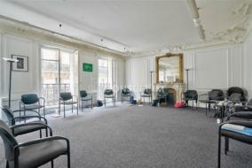 Bureaux de 349 m² à louer - ref:10199318
