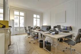 Bureaux de 350 m² à louer - ref:10195238