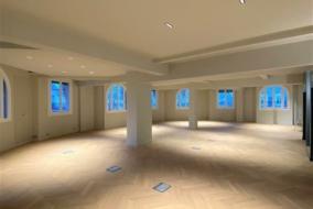 Bureaux de 377 m² à louer - ref:10196604