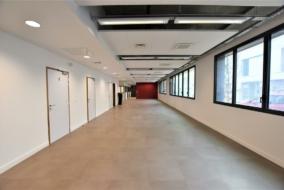 Bureaux de 378 m² à louer - ref:10197984