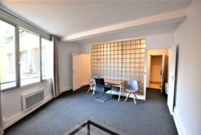 Bureaux de 37 m² à louer - ref:10200192