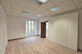 Bureaux de 40 m² à louer - ref:10193568