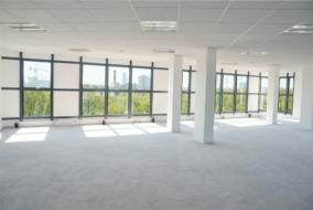 Bureaux de 410 m² à louer - ref:10197832