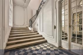 Bureaux de 446 m² à louer - ref:10198738
