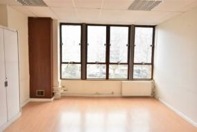 Bureaux de 47 m² à louer - ref:10195137