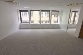 Bureaux de 551 m² à louer - ref:10199854