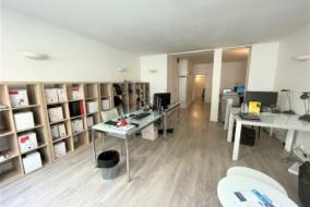 Bureaux de 55 m² à louer - ref:10199421