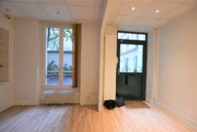Bureaux de 57 m² à louer - ref:10200179