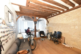 Bureaux de 65 m² à louer - ref:10194518