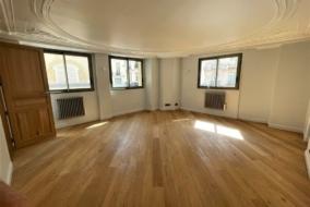 Bureaux de 66 m² à louer - ref:10199248