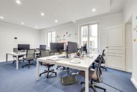 Bureaux de 70 m² à louer - ref:10197151