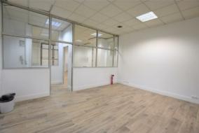 Bureaux de 70 m² à louer - ref:10198818