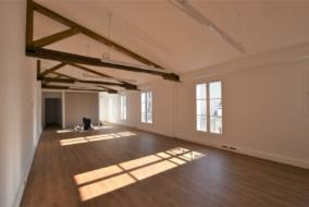 Bureaux de 72 m² à louer - ref:10198621