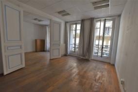 Bureaux de 80 m² à louer - ref:10199201