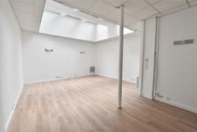 Bureaux de 82 m² à louer - ref:10198884