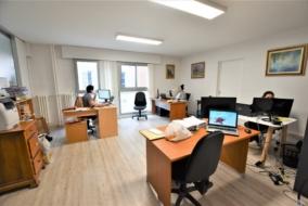 Bureaux de 82 m² à louer - ref:10200030