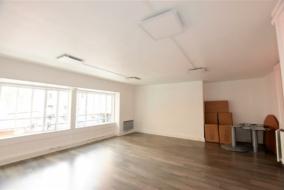Bureaux de 90 m² à louer - ref:10199222