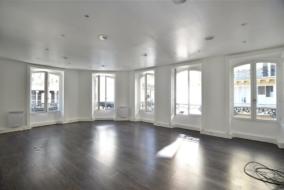 Bureaux de 90 m² à louer - ref:10200019