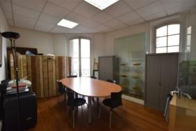 Bureaux de 92 m² à louer - ref:10197510
