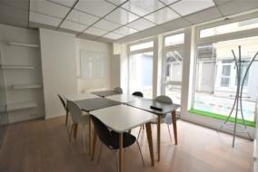 Bureaux de 94 m² à louer - ref:10200182