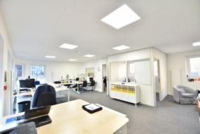 Bureaux de 95 m² à louer - ref:10200020