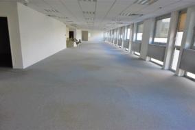 Bureaux de 964 m² à louer - ref:10198350