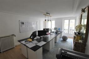 Bureaux de 96 m² à louer - ref:10199699