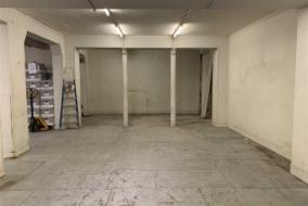 Locaux d'activité / Entrepôts de 133 m² à louer - ref:10200187
