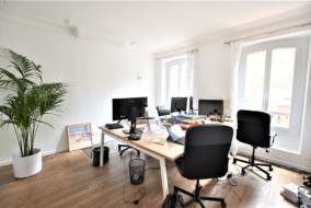 Locaux professionnels de 73 m² à louer - ref:10199165
