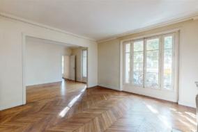 Appartements de 126 m² à vendre - ref:10195977