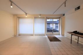 Boutiques / Locaux commerciaux de 61 m² à vendre - ref:10199954
