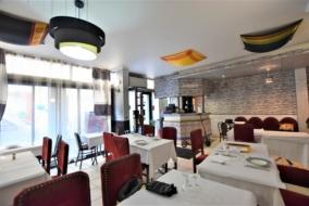 Boutiques / Locaux commerciaux de 63 m² à vendre - ref:10196650